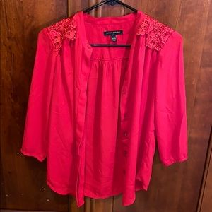 NWOT BUTTON UP BLOUSE